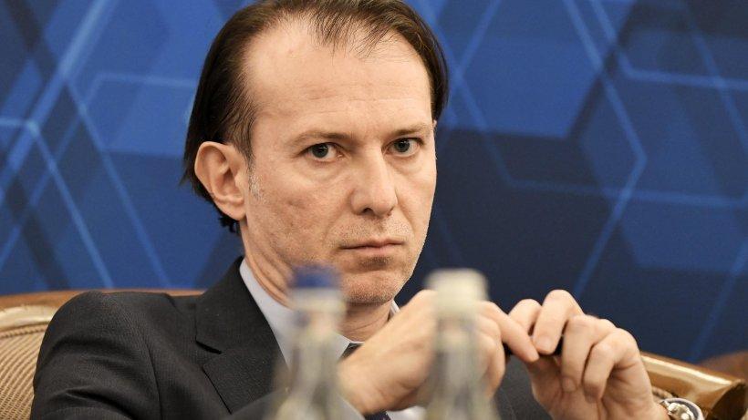 Cîţu, la dezbaterea moţiunii împotriva sa: 'Semnatarii acestei moţiuni sunt criminali. Au jucat poker cu sănătatea românilor'