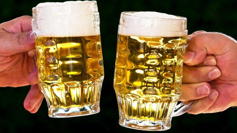 Consumul de alcool, în creștere din cauza izolării. Vânzările la băuturile alcoolice, mai mari decât de Revelion