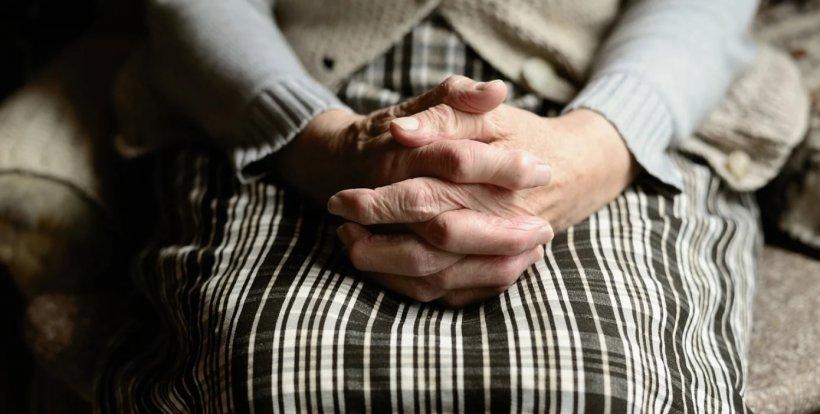 O femeie de 97 de ani, s-a vindecat de coronavirus la Arad