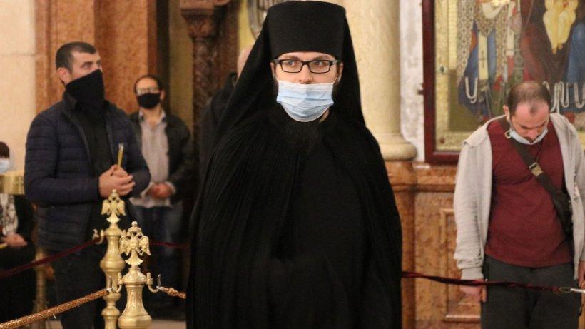 31 de călugări de la Mânăstirea Putna, la spital după ce au fost infectați cu coronavirus