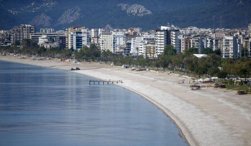 Cum vor arăta vacanțele în Turcia. Turiștii vor fi testați la intrarea în țară