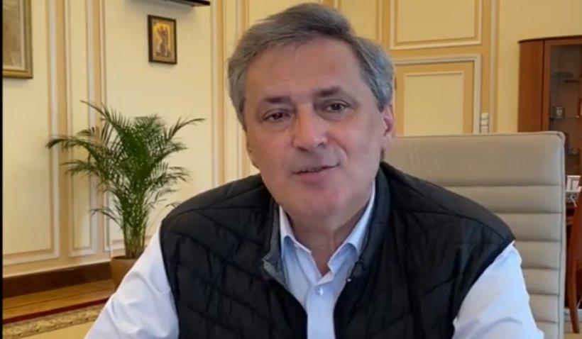 Marcel Vela răspunde la întrebările cetățenilor. Ce spune despre deplasările în afara localității și organizarea de nunți (VIDEO)