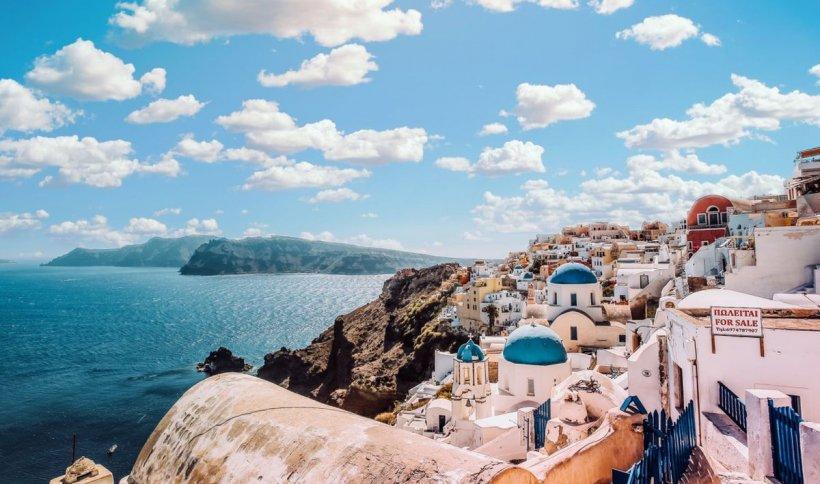 Grecia își deschide granițele pentru turiști în această vară