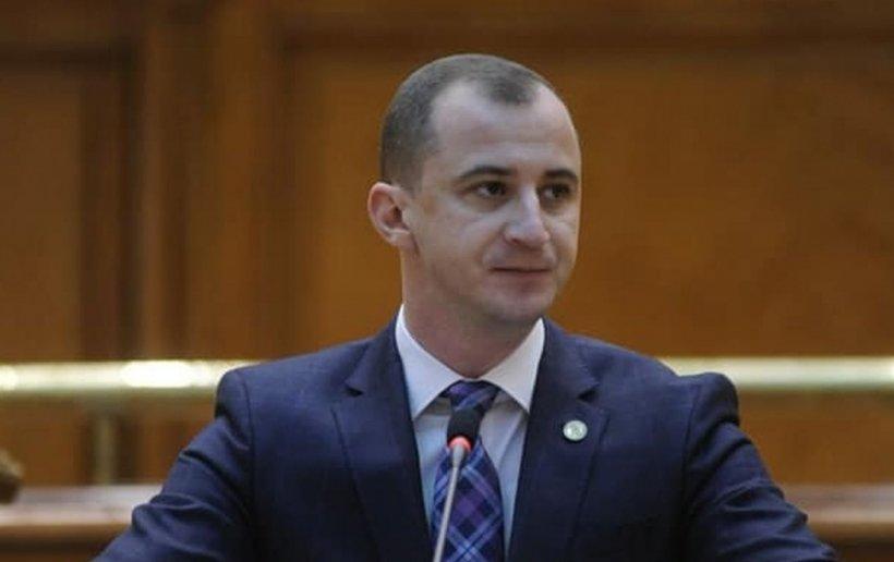 Alfred Simonis, critici dure la adresa lui Orban: 'Nu cred că-i faceți față nici doamnei Dăncilă. Vedem de două luni un premier care ne sfidează'