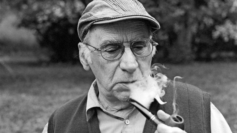 Scenaristul Dumitru Carabăţ, premiat la Cannes, a murit la vârsta de 87 de ani
