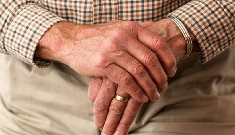 Cel mai bătrân pacient infectat cu COVID-19 din România s-a vindecat