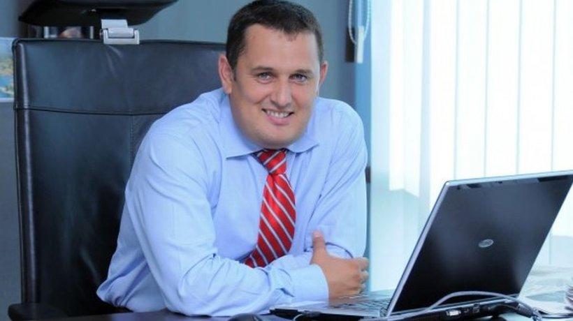 Avocatul Gheorghe Piperea cere în instanţă suspendarea stării de alertă