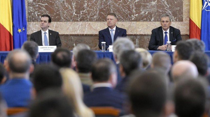 Iohannis, Orban, Vela și Parlamentul, dați în judecată pentru încălcarea dreptului la libertate individuală cu ocazia stării de urgenţă
