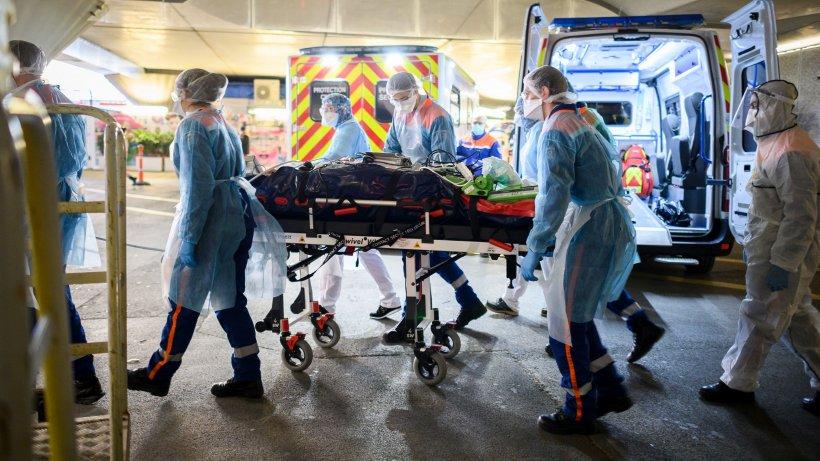 Nouă găselniță în plină pandemie de coronavirus. Paturi de spital care se transformă în sicriu dacă pacientul moare