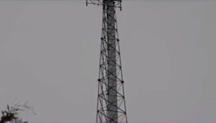 Turnuri de telefonie 5G, incendiate în mai multe țări din Europa de conspiraţionişti (Video)