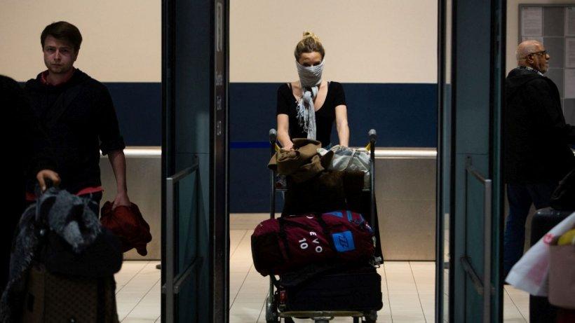 Sute de români izolați în străinătate au fost aduși în țară. Alte 5 curse aeriene sunt așteptate