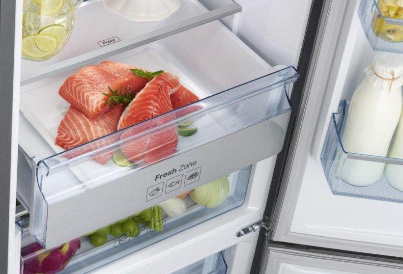eMAG reduceri. 3 combine frigorifice cu livrare pana in casa, mai ieftine si cu 35%