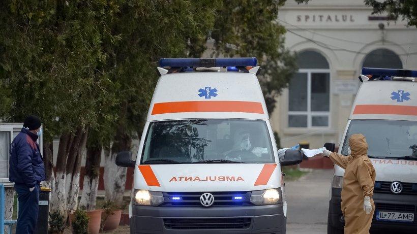 Copil de doi ani din Maramureș, călcat de mașină în curtea casei. A murit la spital