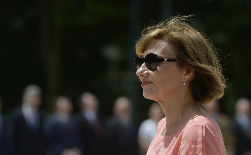 Carmen Iohannis a mers, marți seara, la Vila Lac