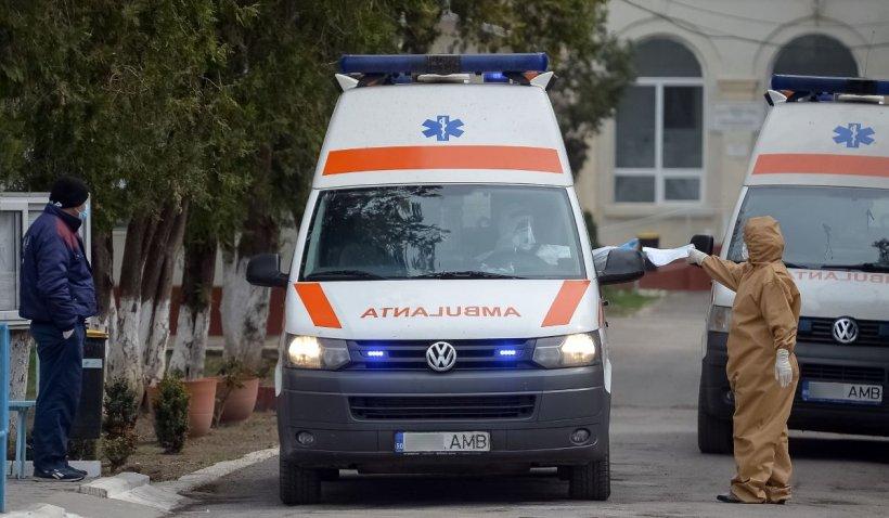 Pacienta cu COVID-19 plimbată între spitale, a murit