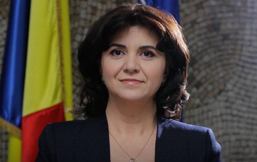 Moţiunea simplă împotriva ministrului Educaţiei Monica Anisie a fost adoptată
