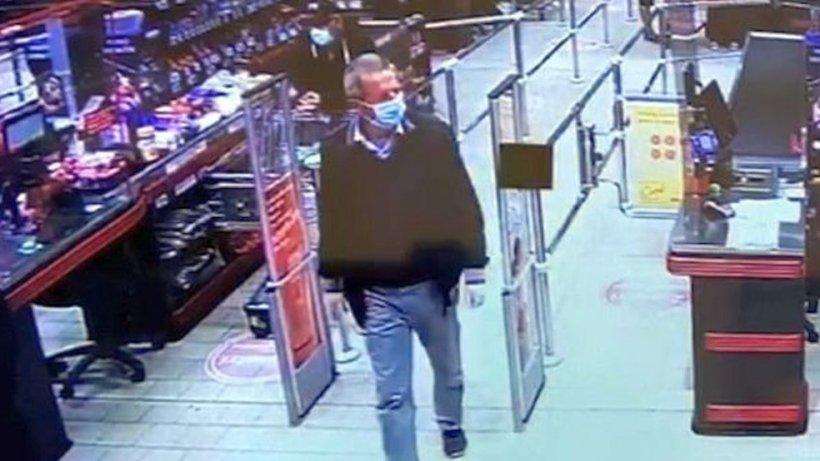 Bărbatul care a pierdut 30.000 de euro într-un supermarket, a fost găsit. De ce nu s-a prezentat la poliție până acum?