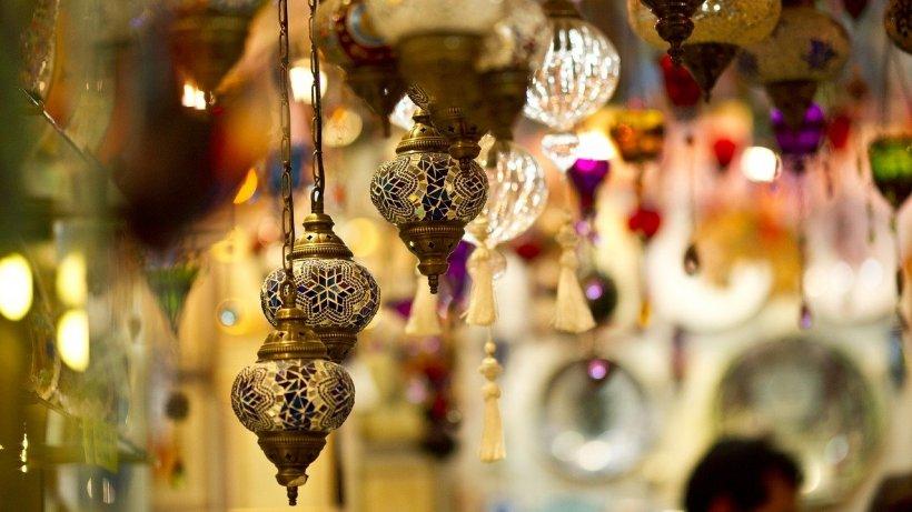 Marele Bazar din Istanbul se redeschide după mai bine de trei luni