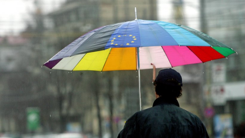 Nu scăpăm de ploile abundente și vijelii! Ce spun meteorologii