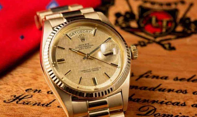 Ceasul lui Ion Iliescu a fost vândut la preț de garsonieră
