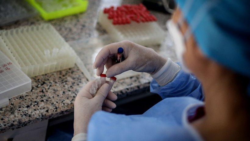 Încă şase bolnavi de COVID-19 au murit în România. Bilanțul ajunge la 1.259 de decese