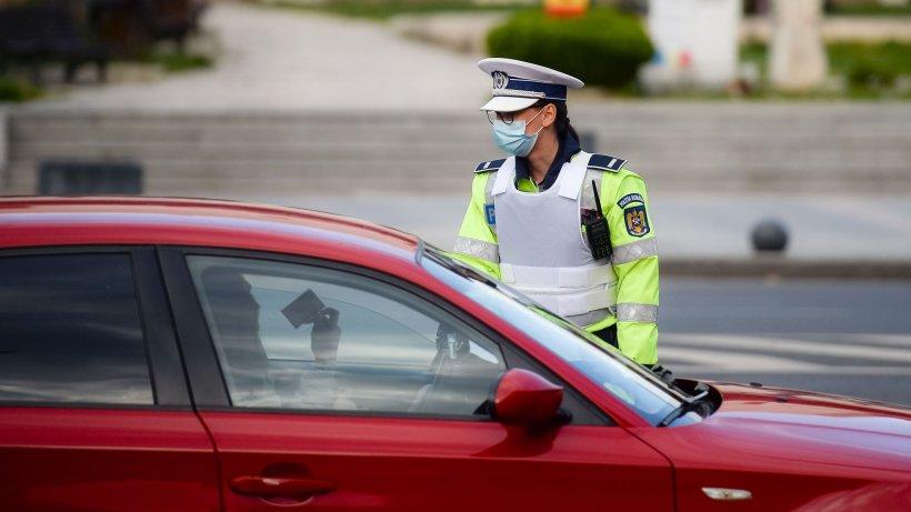 Şofer cu permisul anulat, reţinut de poliţişti după ce a fost surprins în trafic cu o alcoolemie de comă alcoolică