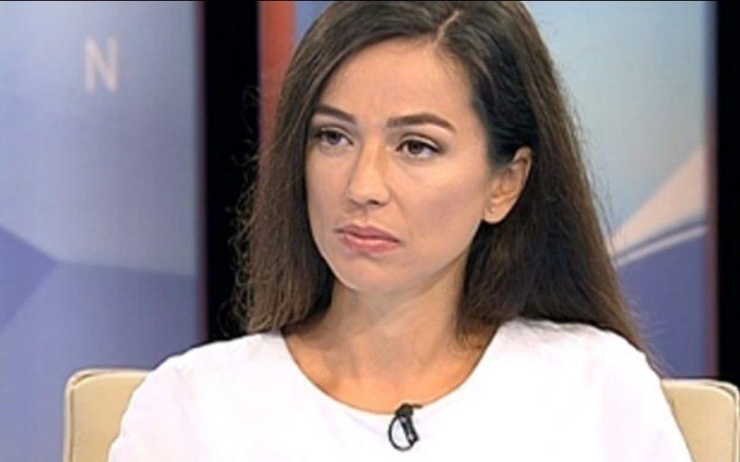 Olivia Steer, teorie-șoc: 'Nu înțeleg de ce românii ar fi atât de proști încât să se vaccineze cu vaccinurile anti-gripale ale lui Orban, cauzatoare de coronavirus'