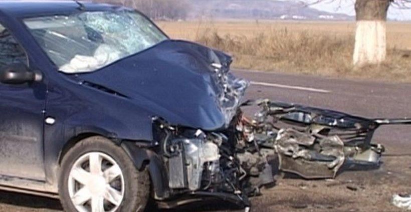 Accident cumplit în Buzău. Doi tineri au murit, după ce s-au răsturnat cu mașina