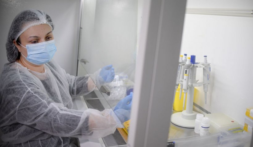 Femeie internată într-un spital din Iași, diagnosticată cu coronavirus de 60 de zile. Acum amenință cu sinuciderea dacă nu este externată