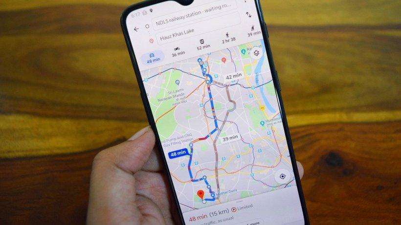Google Maps va avertiza călătorii cu privire la aglomerația din metrou pentru a preveni răspândirea noului coronavirus