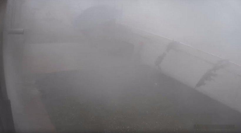 Furtunile puternice şi grindina au făcut dezastru în aproape toată ţara. Grindină mare cât oul de găină, la Neamţ