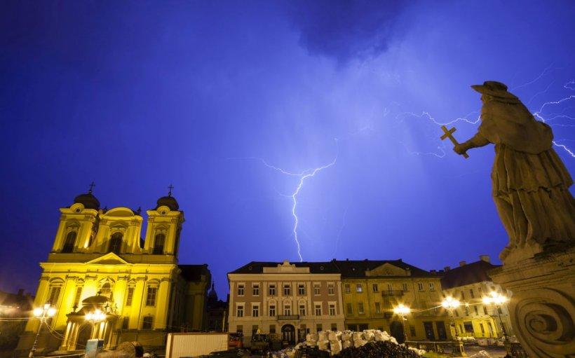 România şi alte nouă ţări, sub o alertă meteo de grindină de mare, precipitații excesive și tornade