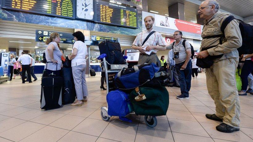 Lista zborurilor care rămân suspendate. Anunțul făcut de Ministerul Transporturilor