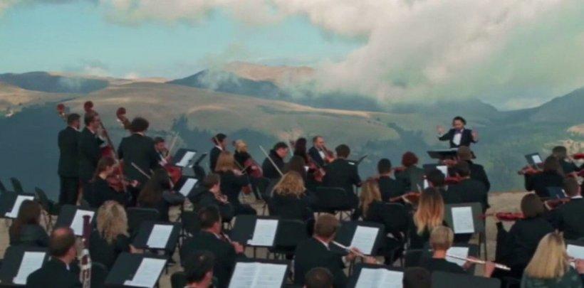 Orchestra Metropolitană Bucureşti, interpretare senzațională pe Platoul Bucegi. Momentul s-a viralizat pe toate rețelele de socializare - VIDEO
