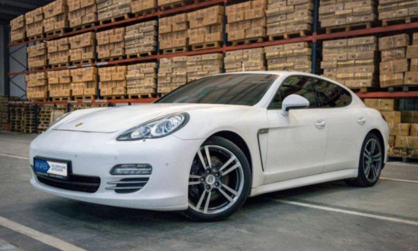 Mașini de lux scoase la licitație. Preţul pentru un Porsche Panamera sau un Q7