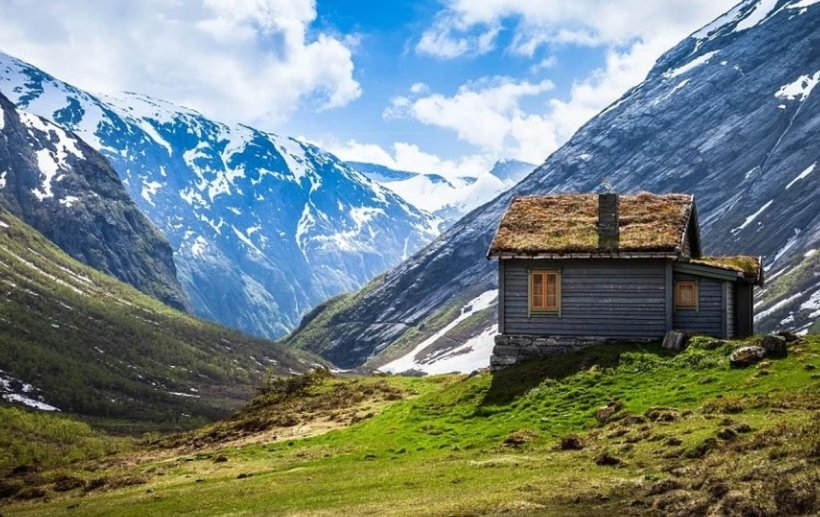 Primarul unei localități din România oferă teren gratuit celor care vor să construiască pensiuni