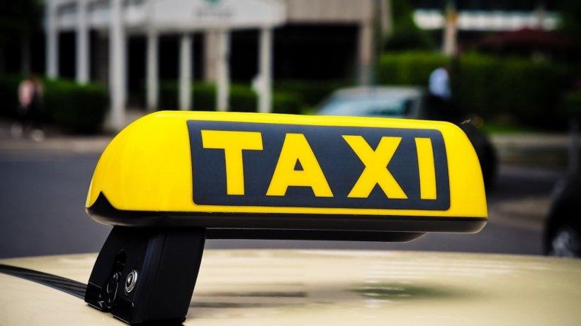 Știai? Câți bani câștigă un taximetrist în România