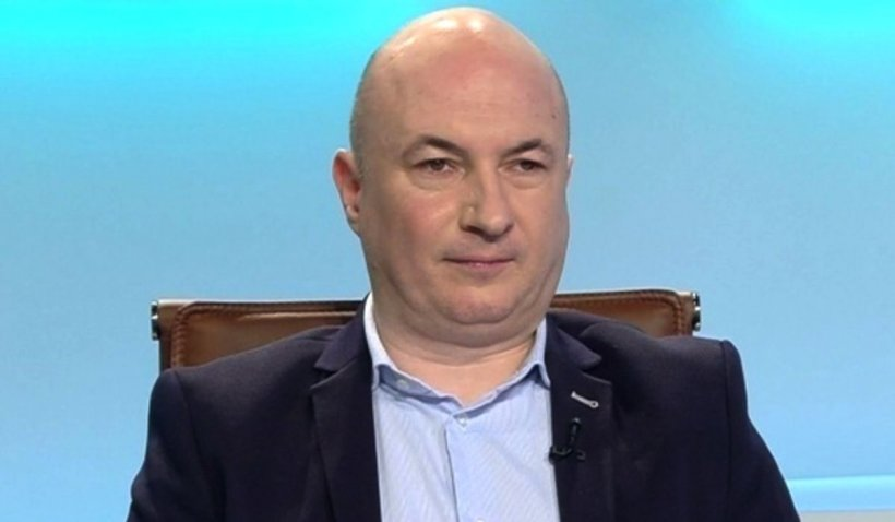 """Codrin Ștefănescu: """"Guvernul ăsta liberal iși bate joc, rău de tot, de părinți, elevi și profesori"""""""