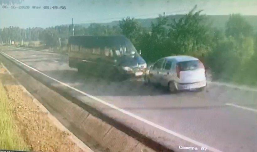 Imagini șocante cu accidentul îngrozitor din Vrancea. Planul roșu a fost activat