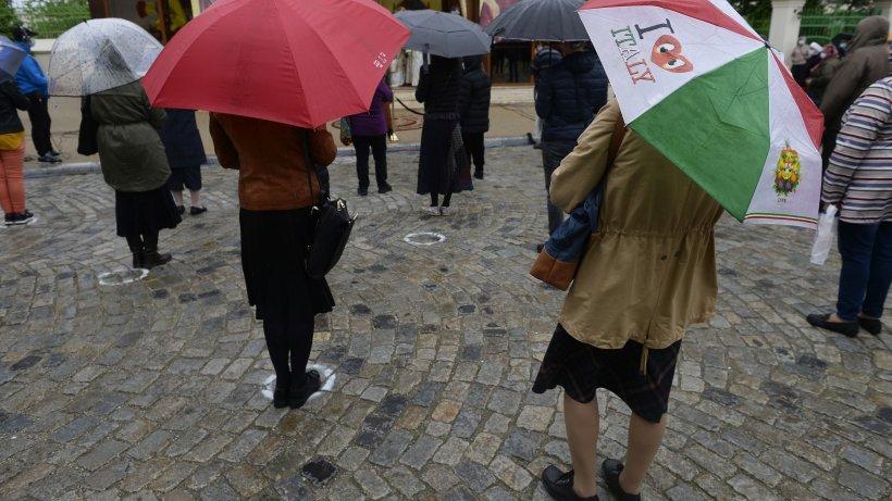 Ploi, vijelii și grindină în București. Prognoza meteo ANM până joi