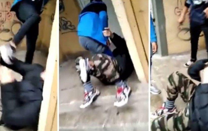 Adolescent de 15 ani, bătut cu pumnii și picioarele pe o stradă din Timișoara. Scenele violente au fost filmate