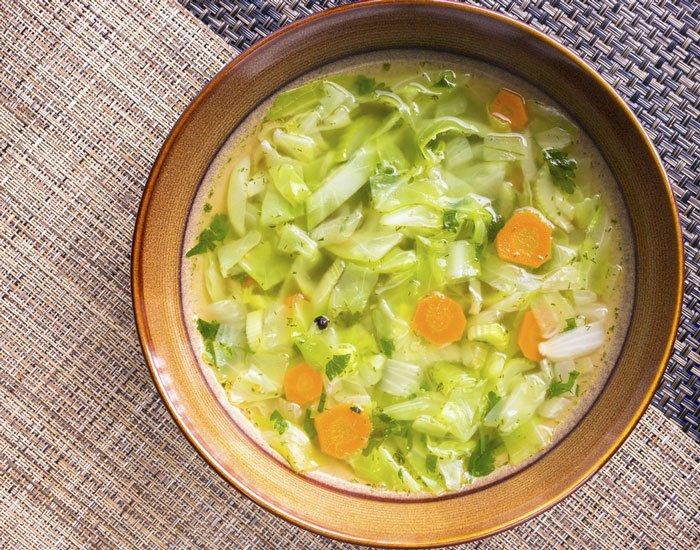 Leguma minune care te ajută să slăbești. Cum prepari supa care topește 5 kilograme într-o săptămâna