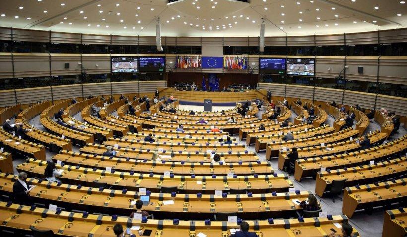 Parlamentul European a adoptat rezoluția pentru protecția muncitorilor sezonieri în contextul crizei COVID-19