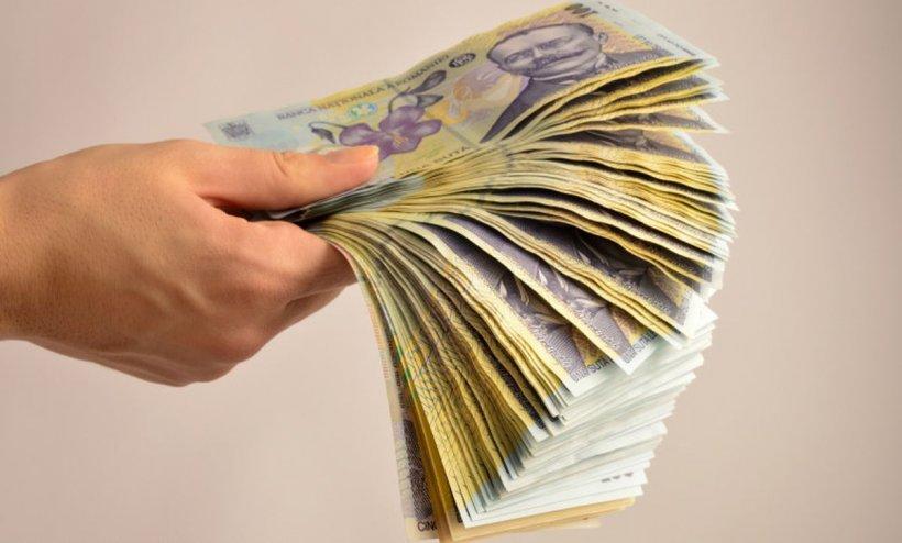 Statul îți dă 10.000 de euro! Care sunt condițiile pe care trebuie să le îndeplinești