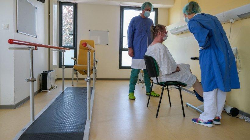 Avertismentul Organizaţiei Mondiale a Sănătăţii: Pandemia COVID-19 continuă să accelereze