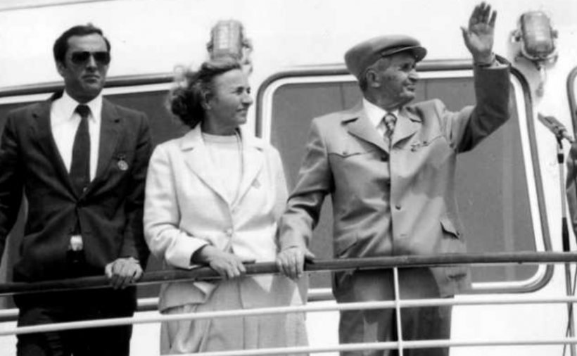 """Poate cel mai mare secret al Securității lui Ceaușescu, ieșit la iveală după 40 de ani: """"Lăzi de băutură, poker şi chefuri până la ziuă"""""""