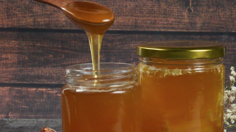 Au luat borcanul de miere din magazin și au mers cu el la analize! E incredibil ce conținea!
