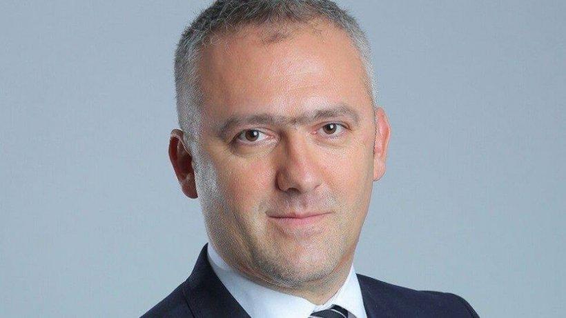 Directorul Unifarm Ionel Adrian, suspendat din funcţie. Mita record pe care a cerut-o pentru achiziționarea de măști în timpul pandemiei