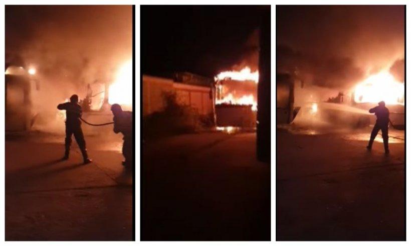 Trei autobuze au fost distruse într-un incendiu, într-o autogară privată din Târgoviște