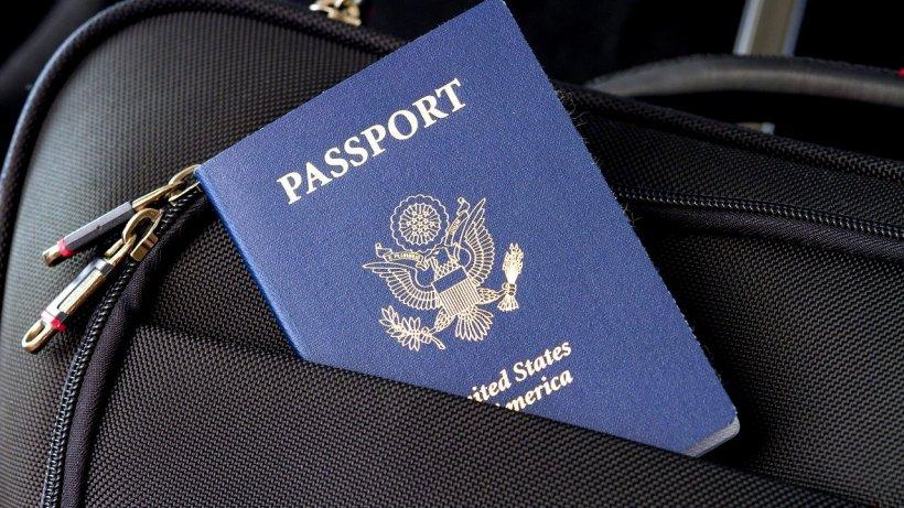 Uniunea Europeană vrea să interzică accesul turiștilor americani. Care este motivul